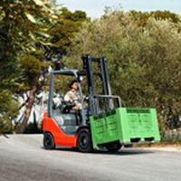 TMHE Presents Driver Safety Tips for Forklift Operators
